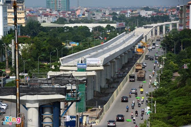 Tuyến Metro Số 1 Đang Cần Ứng Thêm Hơn 3.000 Tỷ Đồng Để Kịp Tiến Độ. Ảnh:  Lê Quân.