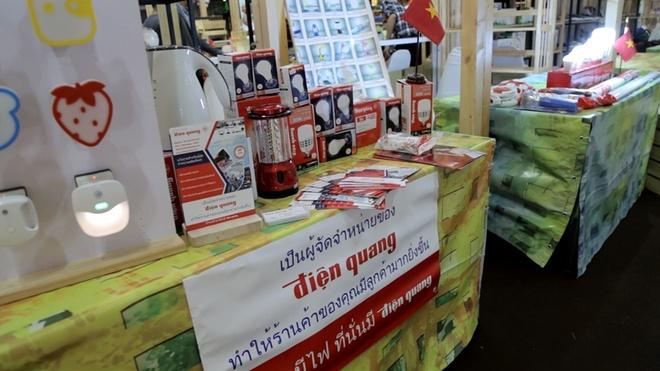 Nguoi Thai Lan thich an banh mi, nem nuong Viet Nam hinh anh 2