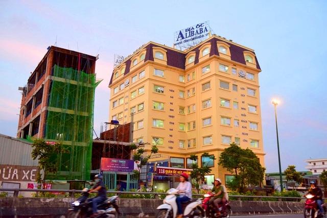 Dia oc Alibaba lieu linh choi 'van bai lat ngua' voi khach hang hinh anh