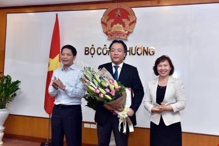 Nhin lai mot nam bien dong nhan su tai Bo Cong Thuong hinh anh 6