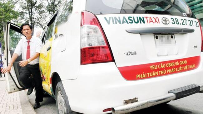 Nganh thue bac de nghi cua Vinasun ve nhuong quyen taxi cho tai xe hinh anh
