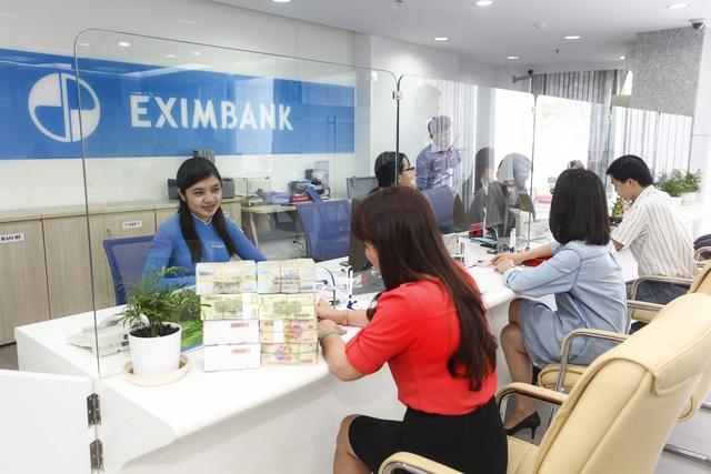 Giua 'lum xum' mat tien cua khach, Eximbank dat ke hoach lai nghin ty hinh anh