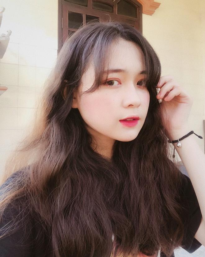 hot girl,  Mai Tay,  Tuong San,  thi dai hoc,  10X thi dai hoc anh 10