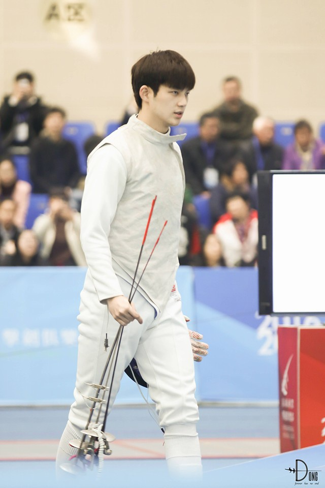 Anh chang cao 1,92 m duoc menh danh 'nam than dau kiem' Trung Quoc hinh anh 3