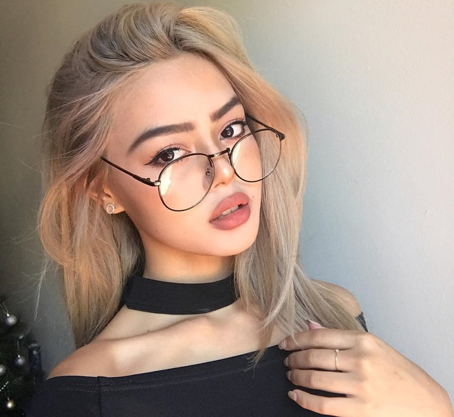 lily maymac anh 6