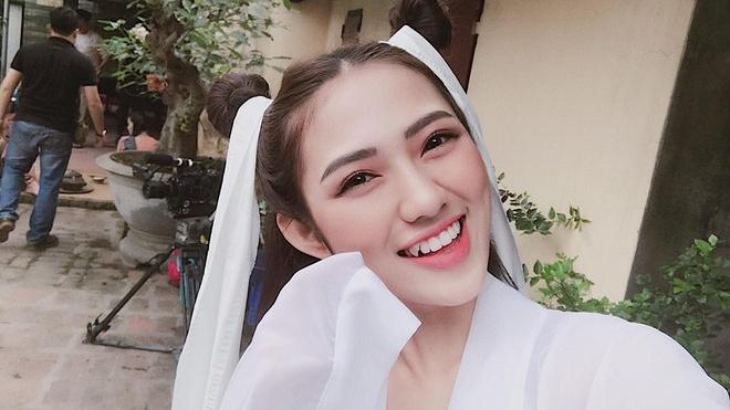 Nang dau thu 2 quai chieu trong 'Song chung voi me chong' la ai? hinh anh 5