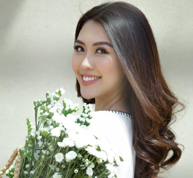Hoa hau sac dep chau A 2017 tung la hot girl noi tieng o Sai Gon hinh anh 4