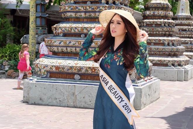 Hoa hau sac dep chau A 2017 tung la hot girl noi tieng o Sai Gon hinh anh 2