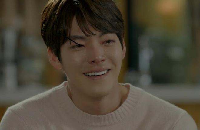 Dan mang bang hoang truoc tin Kim Woo Bin bi ung thu vom hong hinh anh