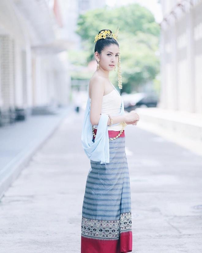 Hot girl Thai Lan 20 tuoi duoc menh danh 'con nha nguoi ta' hinh anh 9