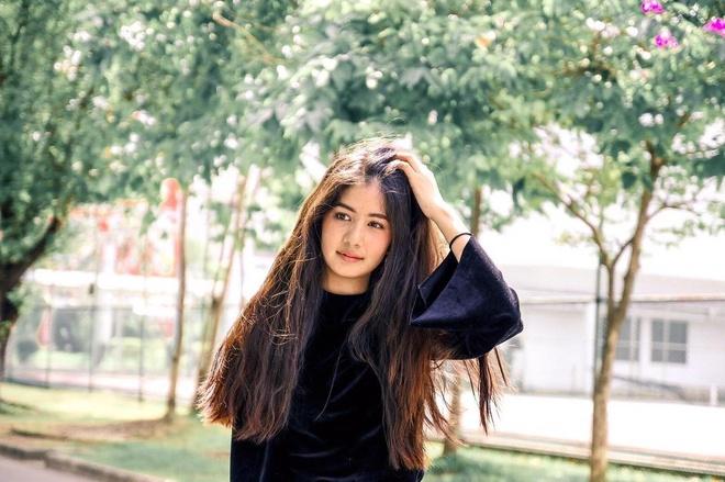 Hot girl Thai Lan 20 tuoi duoc menh danh 'con nha nguoi ta' hinh anh 3