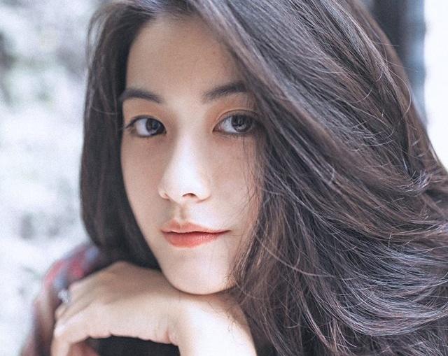 9X Sai Gon ngai chia se thong tin tren Facebook vi so thi phi hinh anh