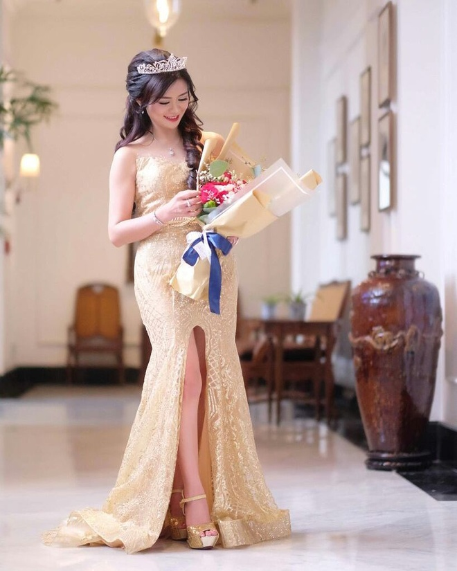 my nhan 50 tuoi anh 4