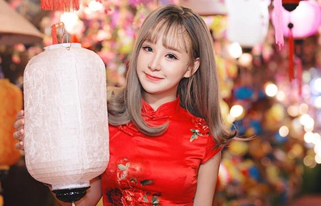 Hot girl cover Yen Tatoo: 'Kho xu khi duoc khen hat hay hon Chi Pu' hinh anh