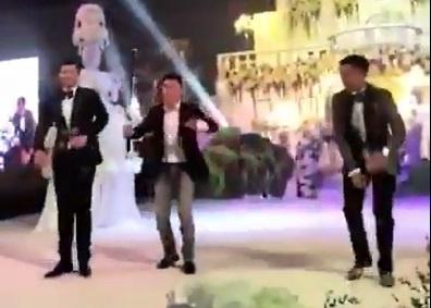 Seung Ri hat Bang Bang Bang hinh anh