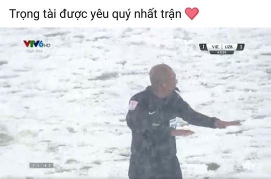 Trong tai bat tran chung ket U23 chau A duoc dan mang khen cong tam hinh anh 3
