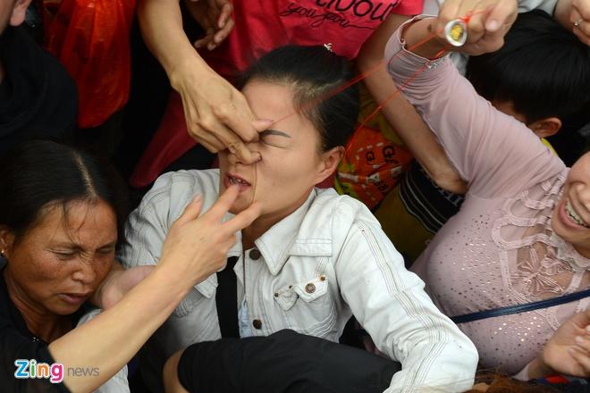Dai dien Bo Van hoa: 'Su thay nem loc dang tao san si' hinh anh 1