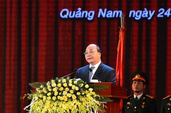 Ky niem 20 tai lap tinh Quang Nam anh 1