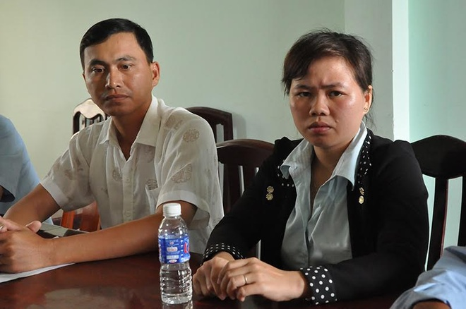 Can bo nghi viec anh 2