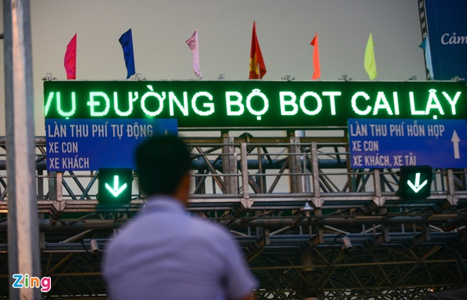 'Hang nghin xe qua tram Cai Lay chi 5-6 nguoi phan doi' hinh anh 1