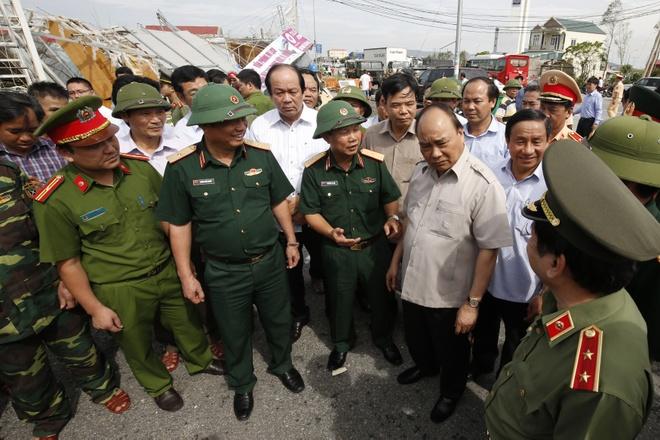 Thu tuong den Ha Tinh: Khong de canh tieu dieu noi bao di qua hinh anh 2