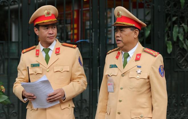 44 CSGT dan doan Tong thong Trump ve trung tam Ha Noi hinh anh 2