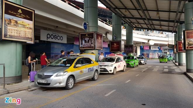Cuc Hang khong: Lo thong tin hanh khach di tau bay do hang bay hinh anh 1
