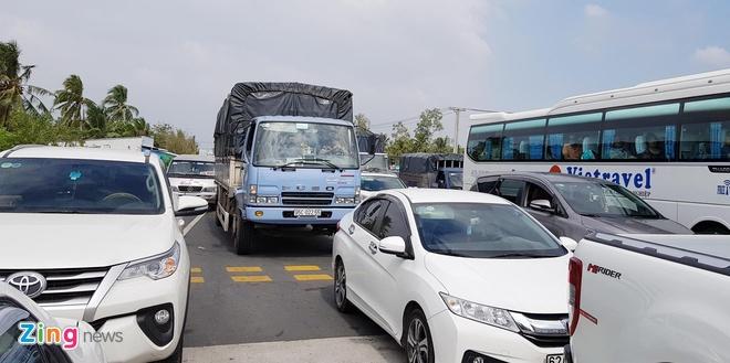 Bo Giao thong thong nhat giam phi qua tram BOT Soc Trang hinh anh 2