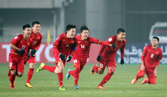 Khong cam son hinh doi tuyen U23 len may bay hinh anh