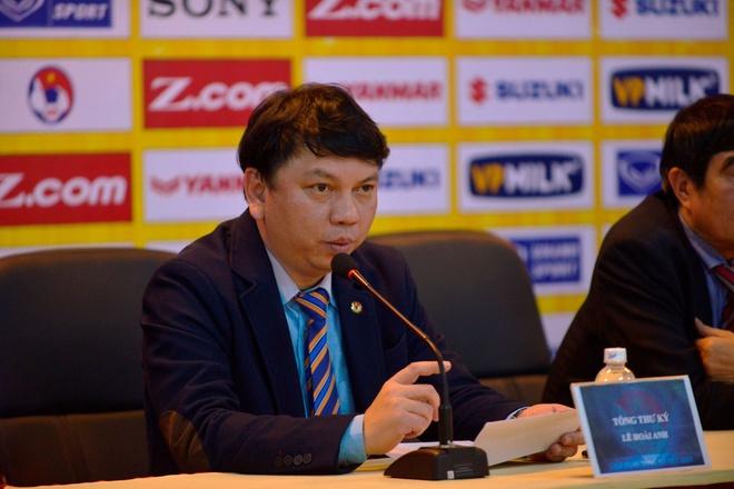 VFF noi 'bat ngo' truoc su co bikini tren chuyen bay cho U23 Viet Nam hinh anh 1