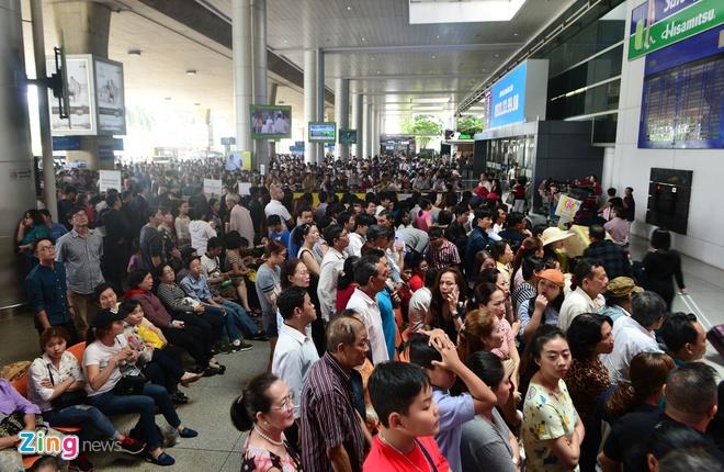 Tang 1.300 ghe tren duong bay Ha Noi - TP.HCM hinh anh 1
