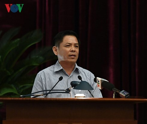 Ngay lam viec thu 2: Trung uong thao luan De an ve cong tac can bo hinh anh 3