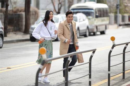 Cong tu nha giau Choi Siwon - hinh mau dan ong ly tuong cua bao co gai hinh anh 18