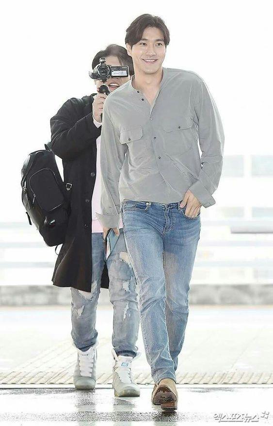 Cong tu nha giau Choi Siwon - hinh mau dan ong ly tuong cua bao co gai hinh anh 23