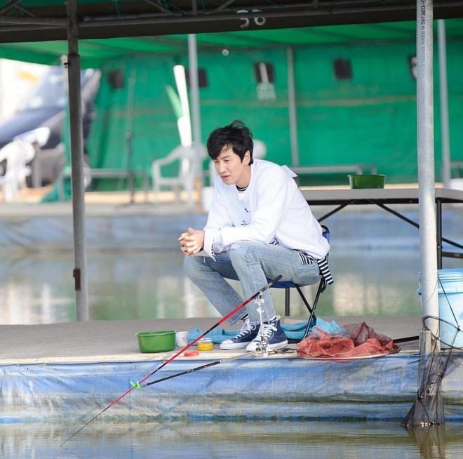 phong cach thoi trang cua lee kwang soo anh 10
