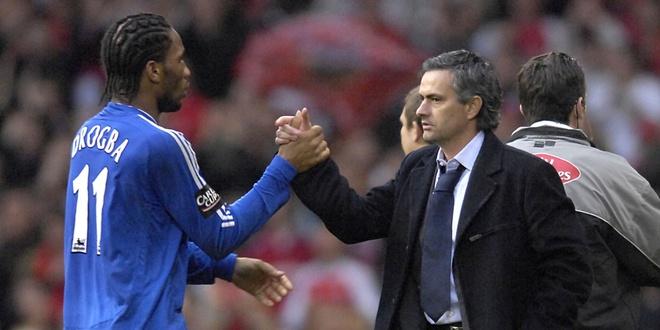 Didier Drogba se tro lai de cuu Mourinho va Chelsea? hinh anh 1