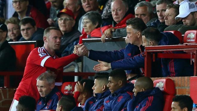 De ton tai,  Rooney chi co mot con duong anh 2