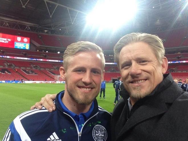 Peter va Kasper Schmeichel: Cha, con va Old Trafford hinh anh 2