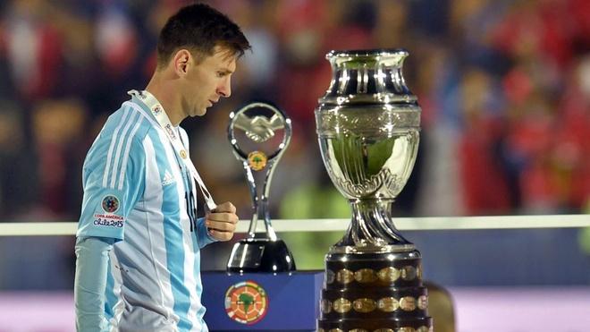 Messi luon bi nguoi Argentina doi xu bat cong anh 2