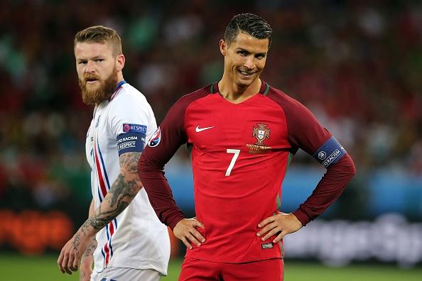 Sau mot dem, Iceland vut bien thanh nguoi khong lo hinh anh 1
