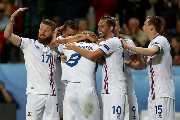 Iceland tren duong tro thanh mot Leicester cua Euro hinh anh 1