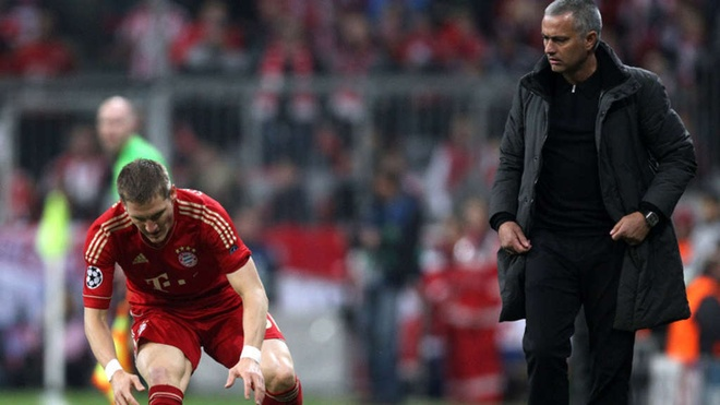 Mourinho va Schweinsteiger: Tu phat cuong den ghe lanh hinh anh 1
