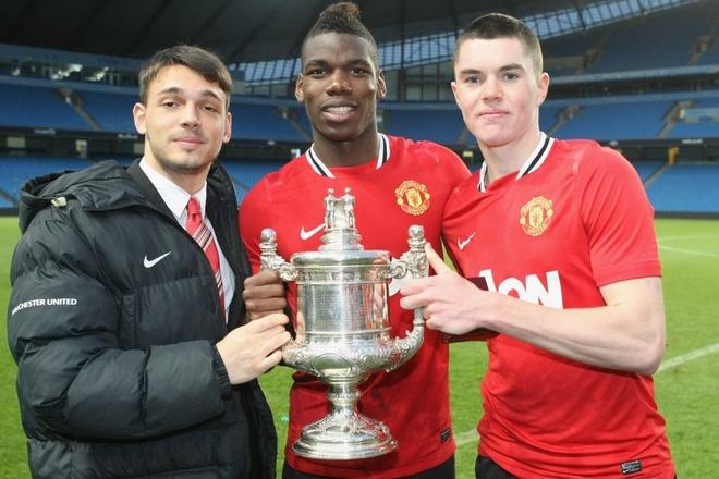 Se co mot 'Paul Pogba thu hai' o Old Trafford? hinh anh
