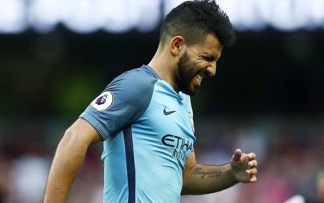 Va bay gio, Aguero da tro thanh Messi hinh anh