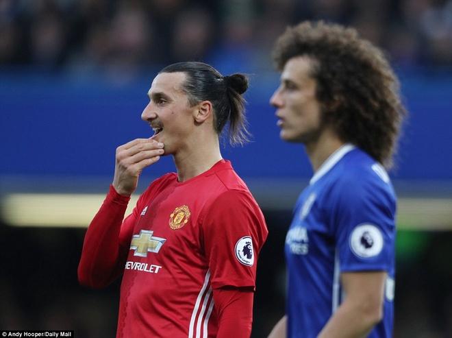 Mourinho het thoi, Ibra het thoi va MU cung het thoi hinh anh 3