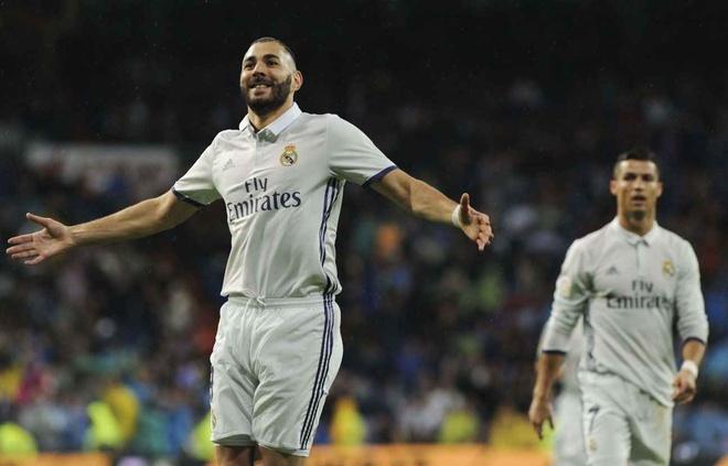 Karim Benzema, nguoi hung tham lang o Bernabeu hinh anh 2