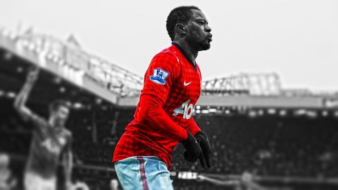 Patrice Evra tro lai MU, nuoc co hoan hao cua Mourinho hinh anh 2