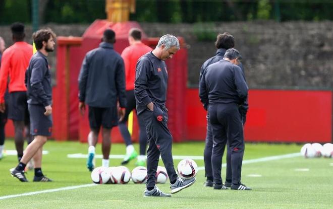 Mourinho va canh bac sang trang cuoc doi hinh anh 2
