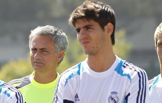 Tai sao Mourinho quyet co Morata bang moi gia? hinh anh 1