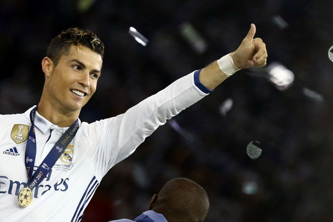 That dien ro neu Ronaldo tro lai MU hinh anh 2